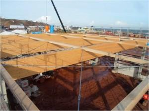 Dachkonstruktion aus Leimholzbindern, E.ON Betriebsgebäude