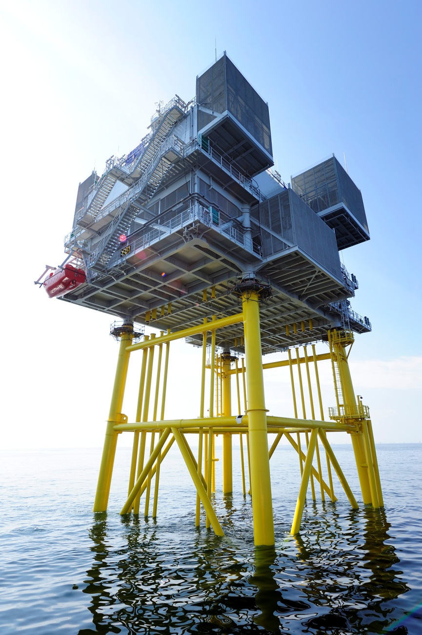 Das parkeigene Umspannwerk (E.ON Offshore Substation – EOS)