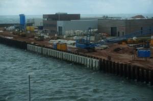 Servicehallen von WindMW, RWE und E.on (v.l.n.r.)